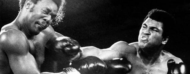 Muhammad Ali vs. George Foreman (r.)